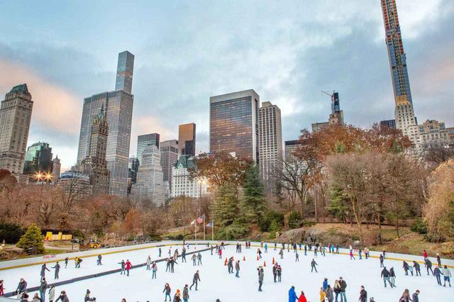 画像: 冬季はスケートを楽しむニューヨーカーで賑わいます (c)Molly Flores/NYC & Company