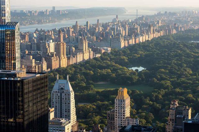 画像: 展望台からセントラル・パークなどニューヨークの街を一望 (c)Julienne Schaer/NYC & Company