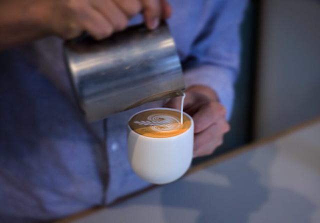 画像4: 5.コーヒー愛好家に密かな人気の穴場店『Primary Coffee Roasters』(プライマリー・コーヒー・ロースターズ)