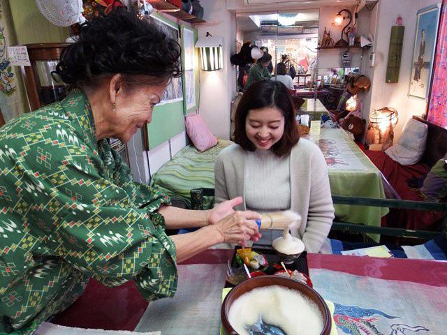 画像1: 約600年の歴史を体験!~ぶくぶく茶専門店 嘉俐山房~