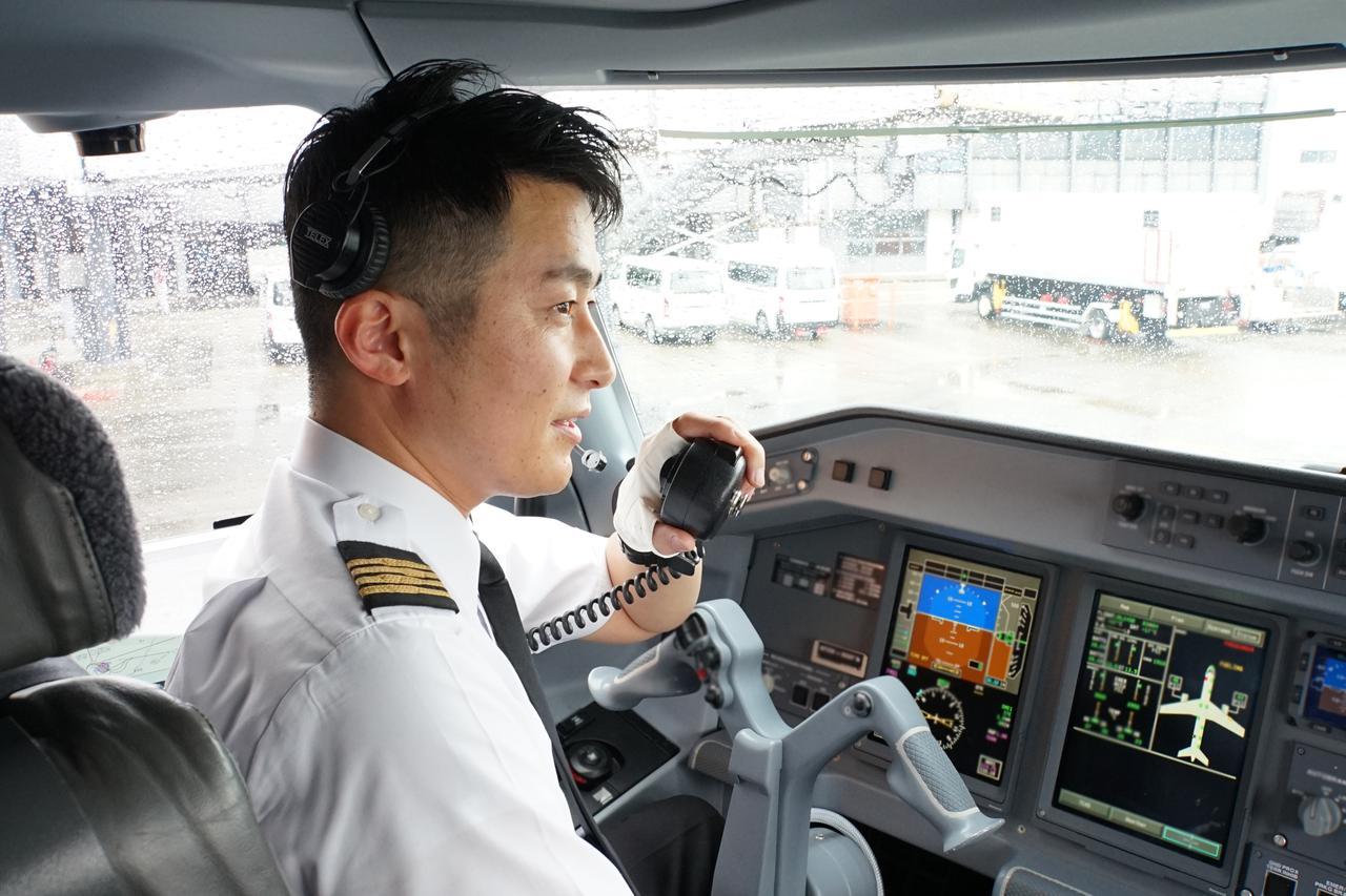 画像3: 安心してご搭乗いただくために…運航乗務員が機内の空気循環の仕組みを解説