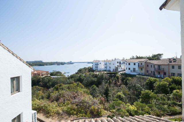 画像2: 【三重】白亜の街並みに映える青と緑のコラボレーション「志摩地中海村」