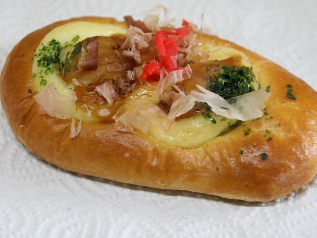 画像: 「たこやきくん」。たこやきとパンの融合という斬新なアイデアがいい