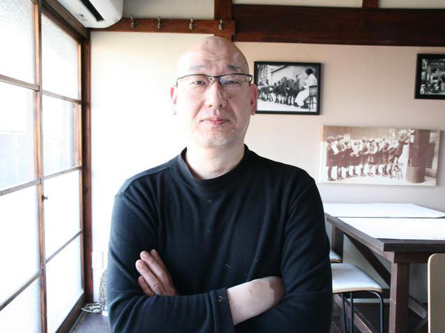 画像: 統括グランシェフの内藤達雄さん。ホテルで腕を揮った経験が、創作料理に活きる