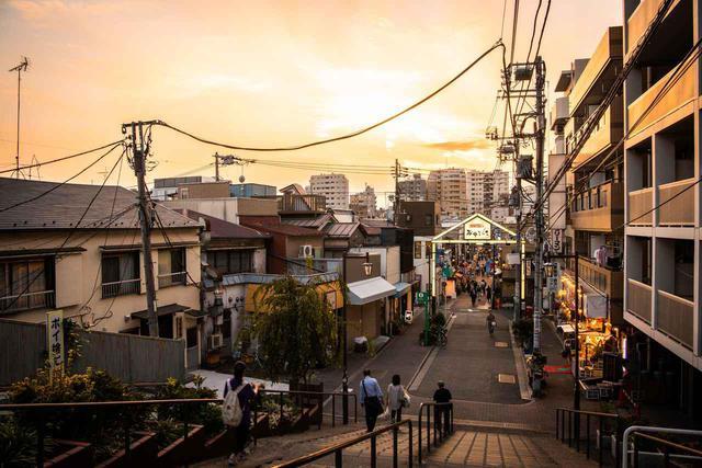 画像: 「谷中銀座商店街」で猫を愛でながらそぞろ歩き