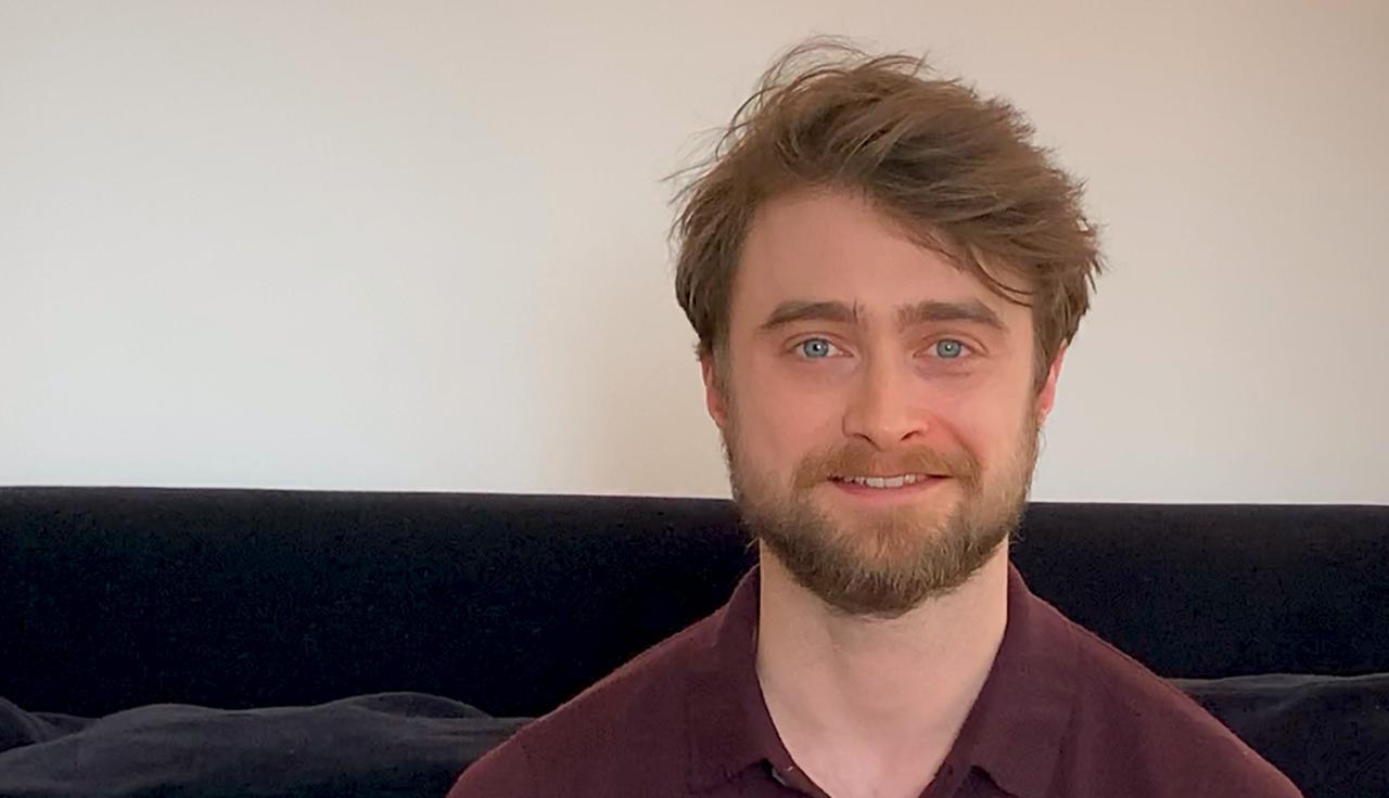 画像: Daniel Radcliffe reads 'The Boy Who Lived'