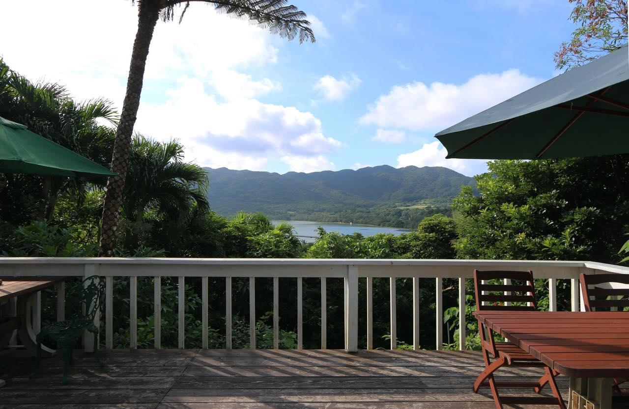 画像: 川平ファームから眺められる石垣島の大自然
