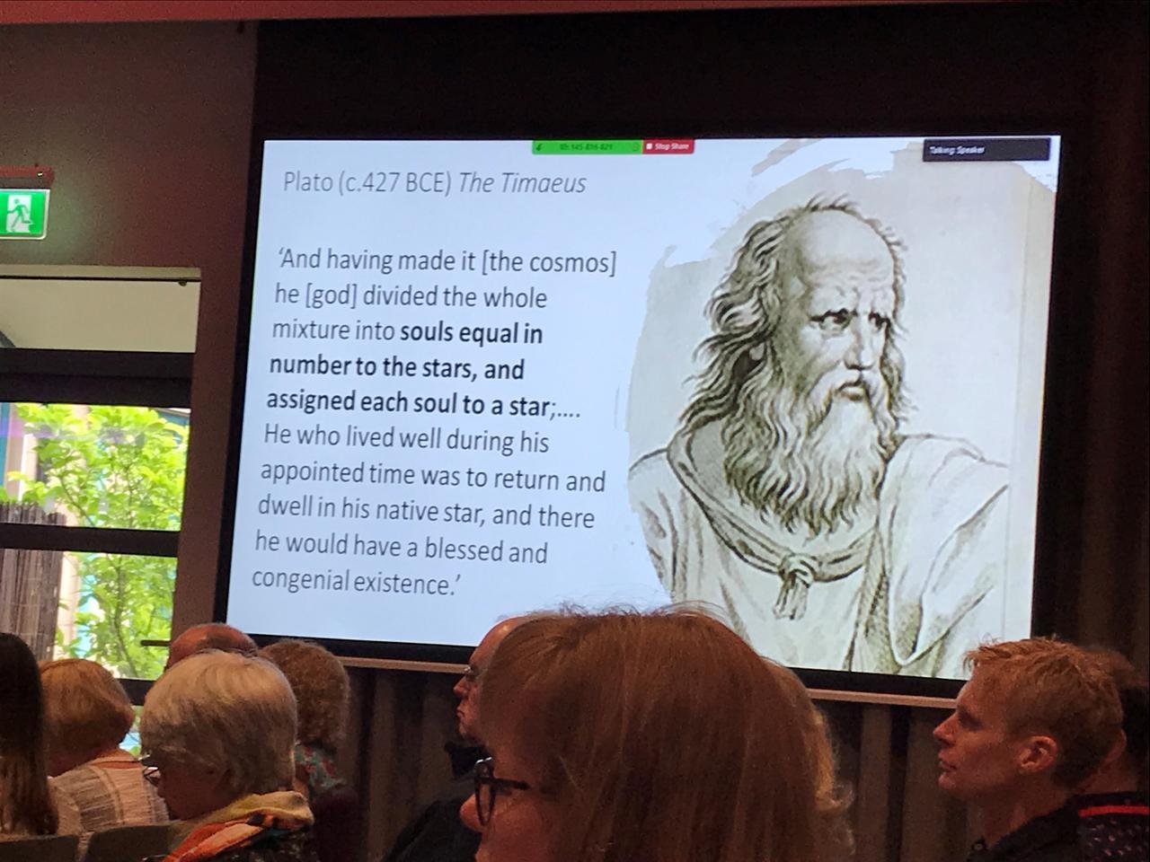 画像: 過去のイギリス占星術協会の大会での講義風景。この時は古代ギリシャからの占星術の思想史が語られたそう