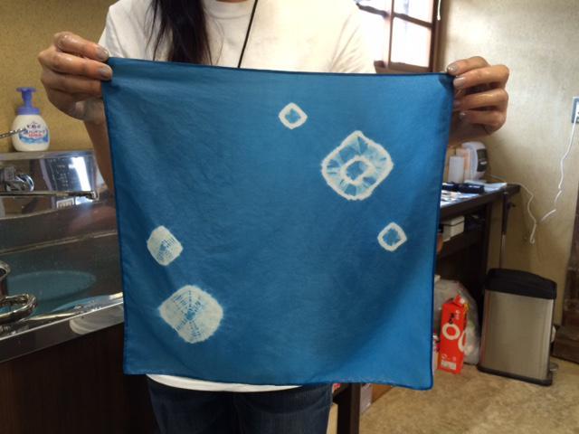 画像3: 伝統の技を体験! 『美馬市観光交流センター』で藍染めアイテムを作ろう