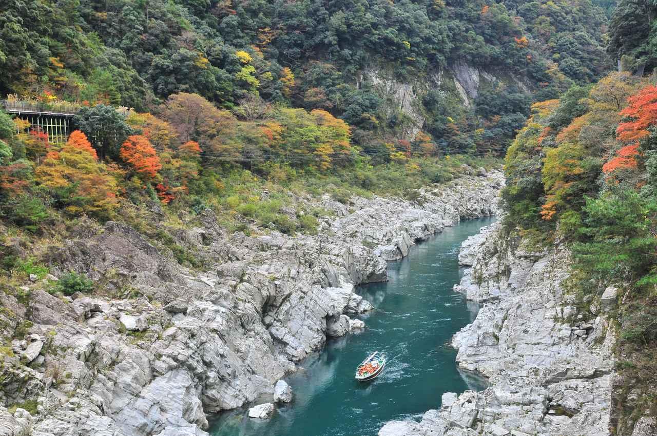 画像1: 自然が生みだした絶景を『大歩危峡観光遊覧船』から眺めて