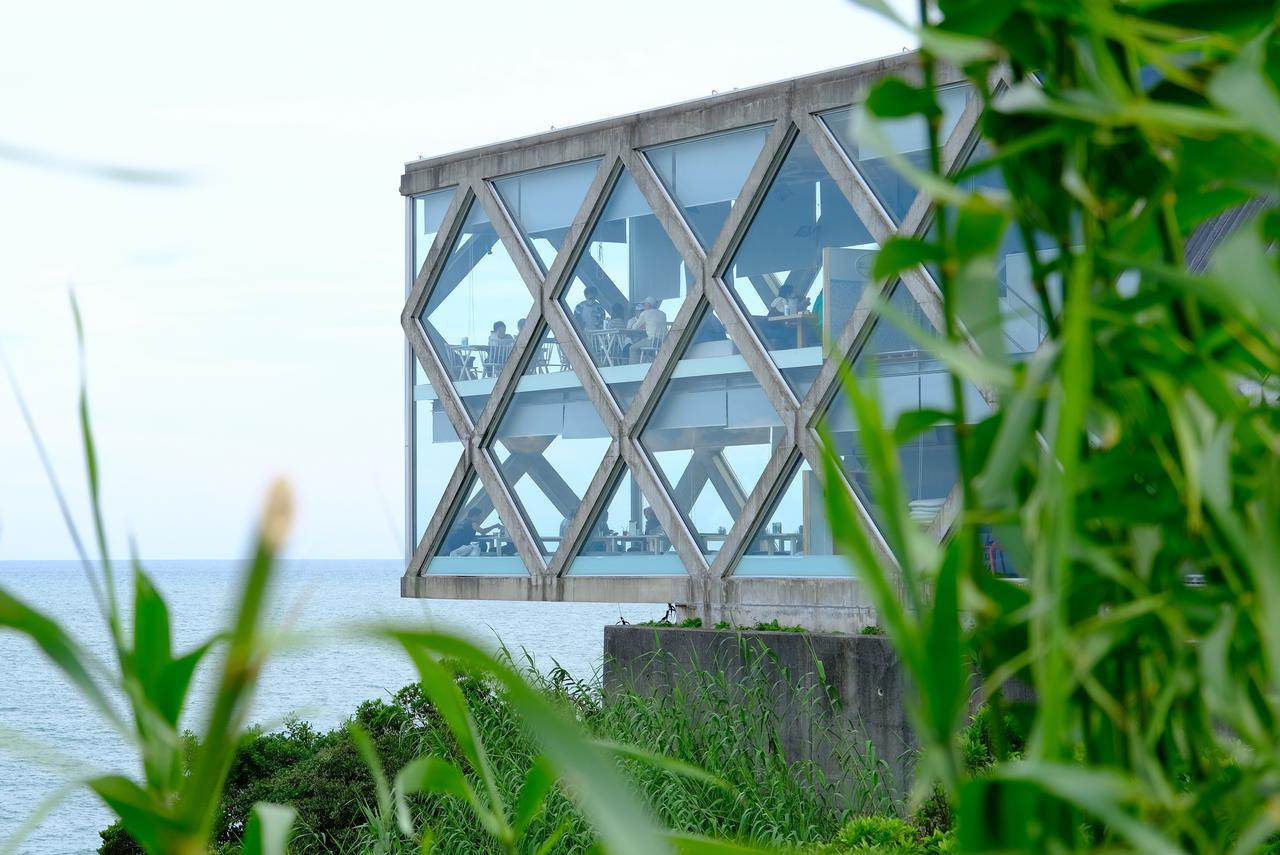 画像: ひがしこうち旅を締めくくるのに立ち寄ったのは「SEA HOUSE」。高知の海を見ながらゆっくり楽しめるカフェです。
