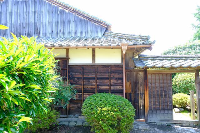 画像: 武家屋敷・野村家住宅は江戸時代に建てられた上級武士の家です。安芸駅からここまではレンタサイクルで10分程度です。