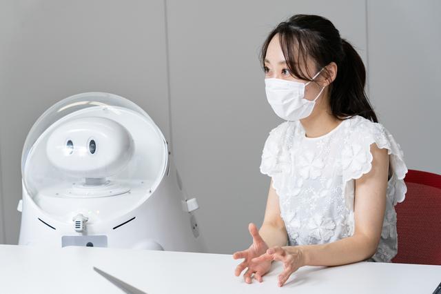 画像1: ロボットを使って、グランドスタッフの働き方改革を