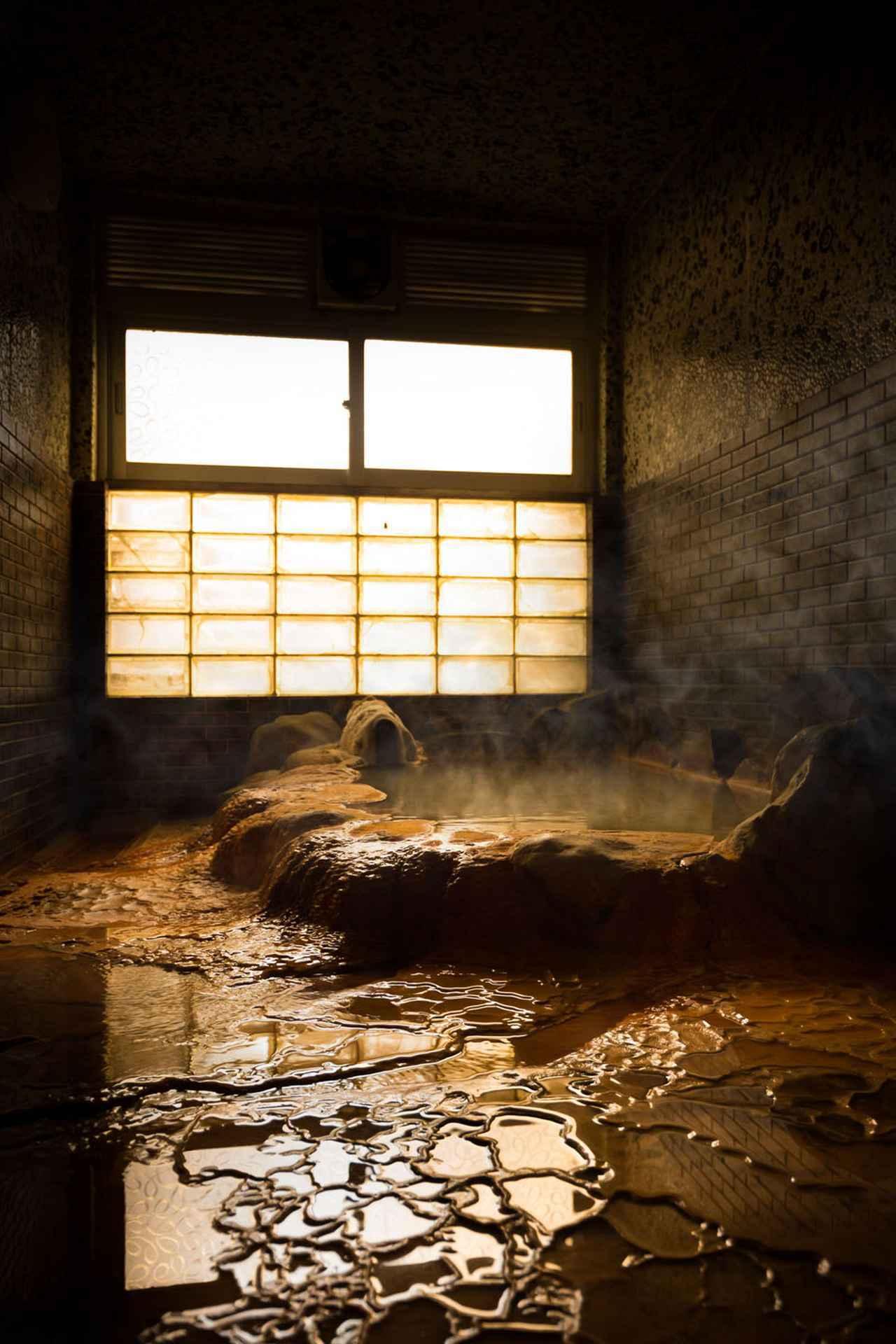 画像: 温泉津温泉「薬師湯別館」貸切風呂