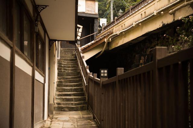 画像1: 老舗旅館の湯でモチモチ肌に。「有福温泉 よしだや」