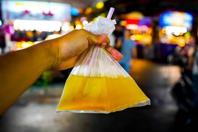 画像2: 台北:新旧スイーツを食べ比べ。「懷念愛玉冰」の愛玉と「脆皮鮮奶甜甜圈」のドーナツ