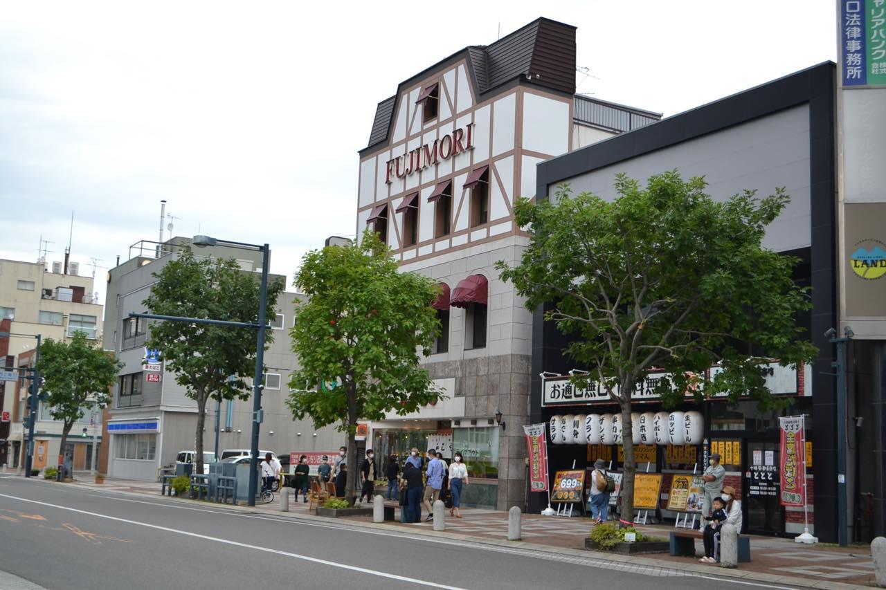 画像2: JR帯広駅周辺には旅行客の姿が戻り、人気店には行列も