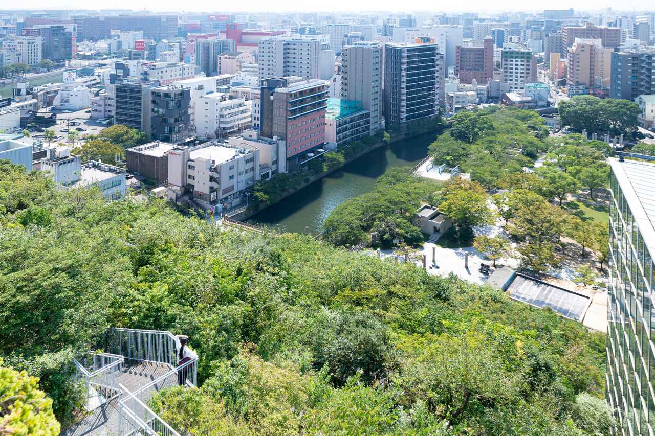 """画像10: ゆっくりスタートの2日目は、街歩きへ fabbit Global Gateway """"ACROS Fukuoka"""""""
