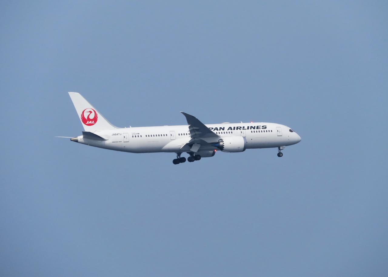 画像: 飛行機雑学File 6 機内でもっとも揺れを感じにくいのは、実は翼付近です