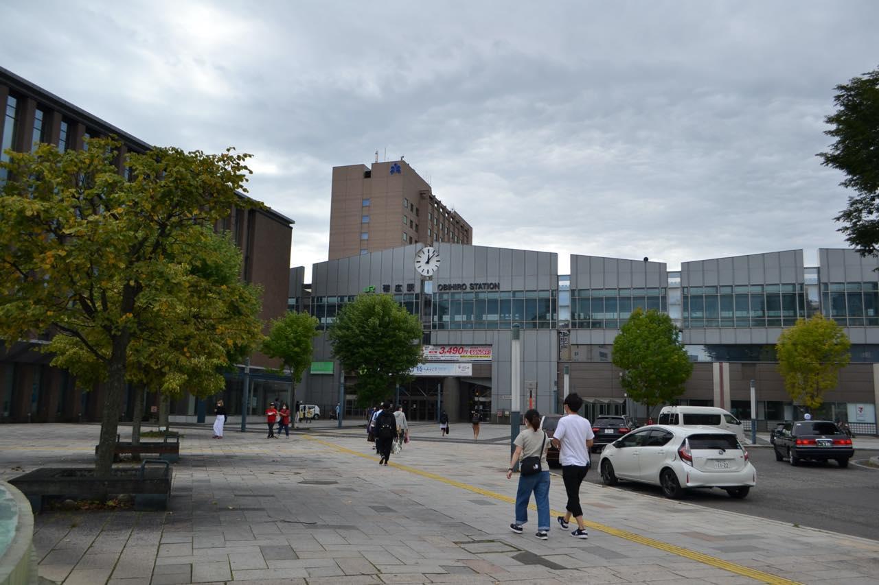 画像1: JR帯広駅周辺には旅行客の姿が戻り、人気店には行列も