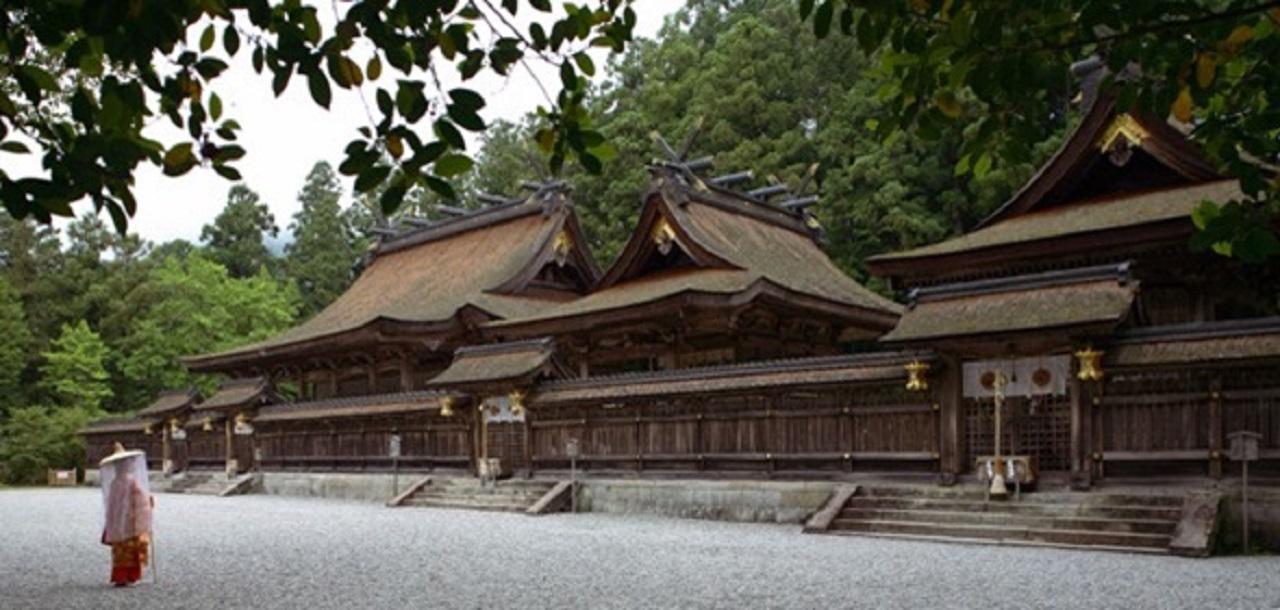 画像: 熊野本宮大社