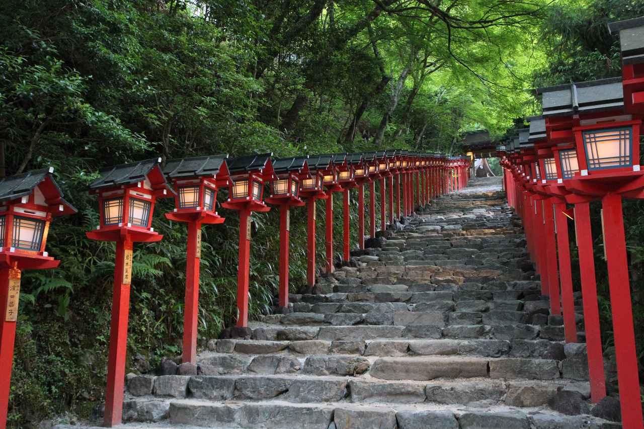 画像: 貴船神社入り口。すでにオーラがあります