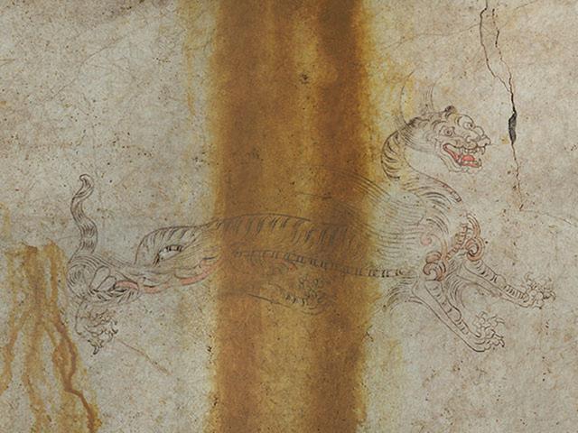画像: 西を司る「白虎」は、前脚を突き出した迫力ある姿と長い首が印象的です