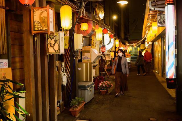 画像: 夜は、OMOレンジャーと一緒に地酒や旭川グルメを満喫