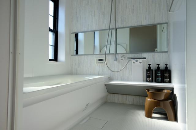 画像: 水回りはとてもきれいに改装されていて、安心です。
