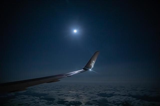 画像1: 目的地は「空」。フライトの楽しみに特化する旅 「JAL 空たびフライト」
