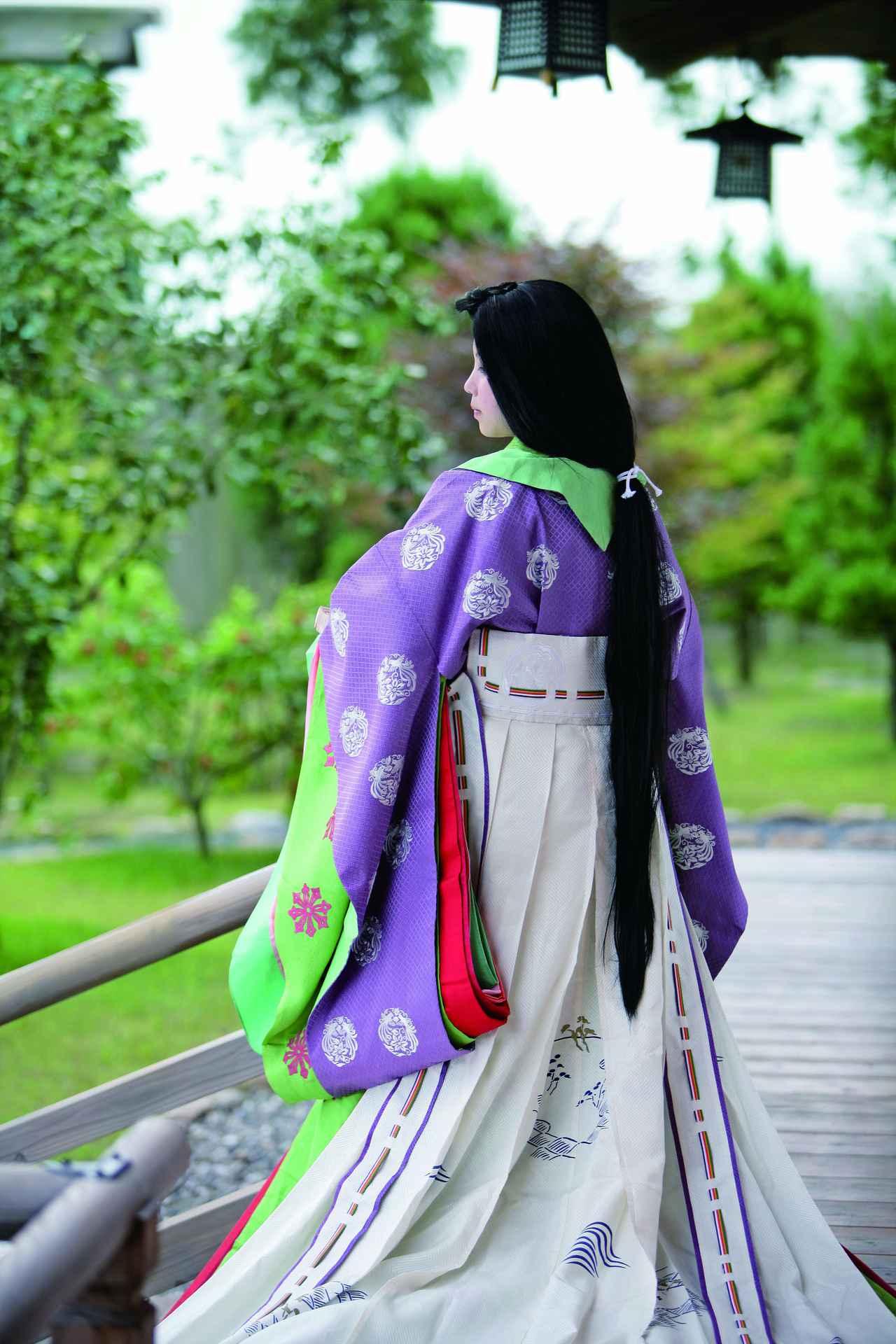画像2: 【平安時代】平安装束を身にまとい、王朝貴族気分の滞在を堪能できる「社乃森」