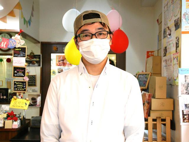 画像: 店主の藤井武亮さん。福岡や東京でのパン経験を、地元の長崎で表現