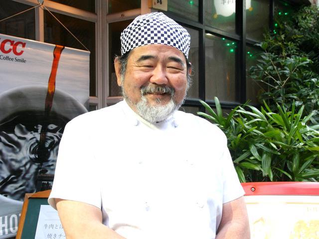 画像: 川村隆男さん。バイク好きにして、歴史やサブカルチャーにも造詣が深い