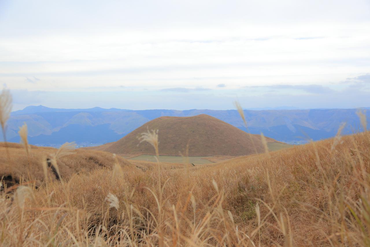 画像3: やまなみハイウェイ・ミルクロード・中岳火口