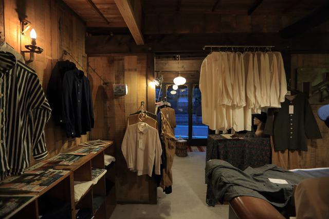 画像2: 2地域居住から移住へ。阿蘇との不思議な縁に導かれた シャツデザイナー 吉田義貴さん