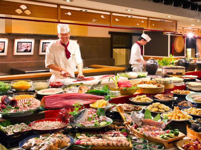 画像2: 【徳島】ご当地グルメをホテルスタイルに。「アオアヲ ナルト リゾート」の鳴門鯛カツバーガー