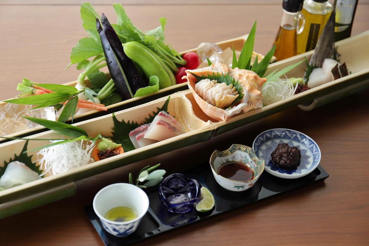 画像2: 【香川】小豆島の太陽と海が育む贈り物。「海音真里」のオリーブ会席