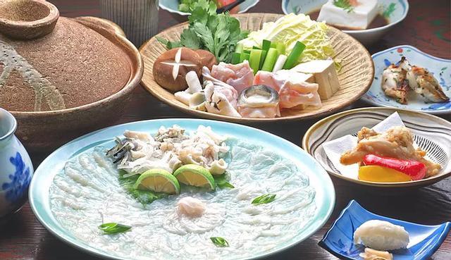 画像2: 港町・臼杵名物のふぐを味わえる老舗料亭「喜楽庵」
