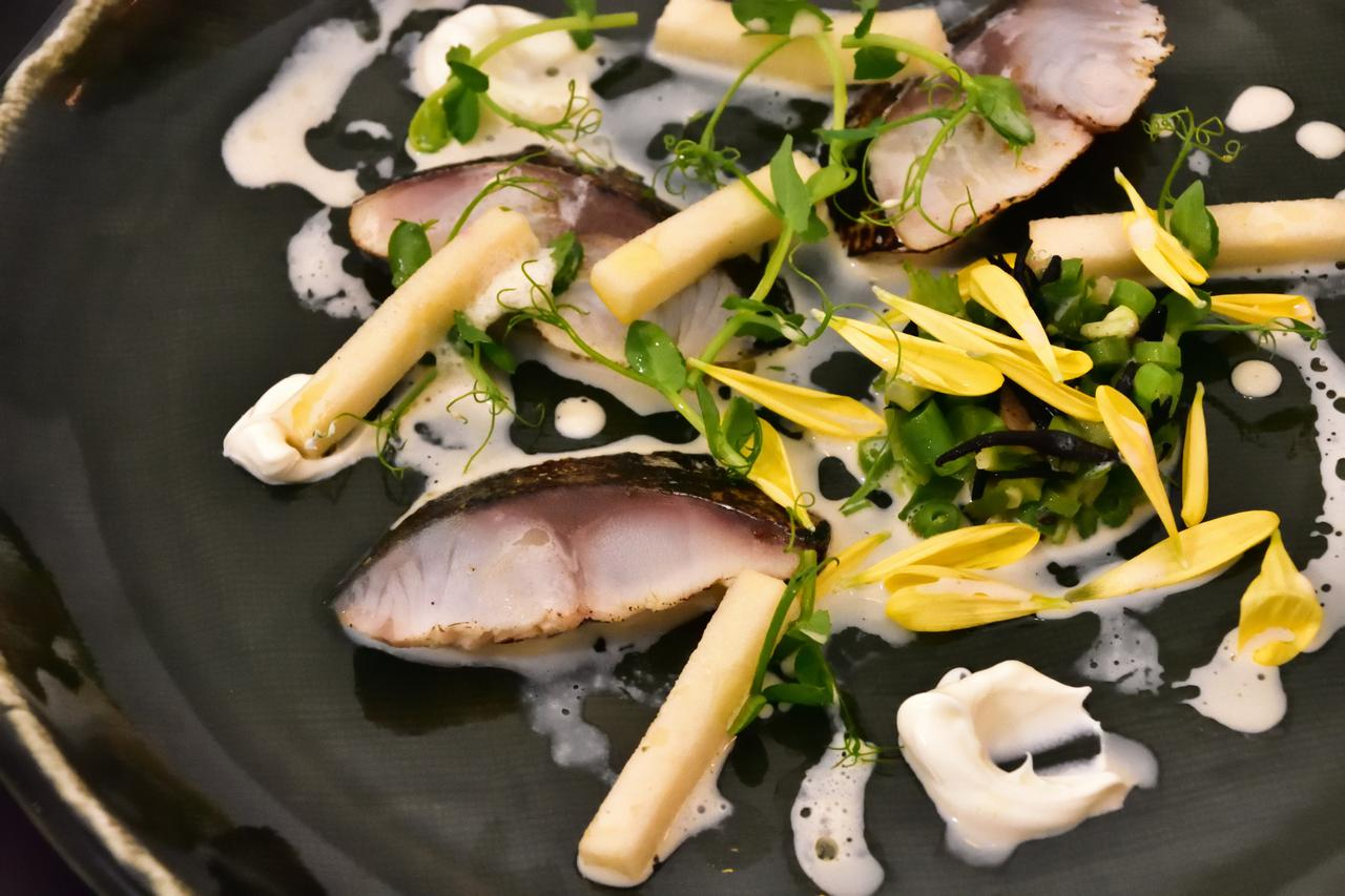 画像3: 【滋賀】近江の食文化を現代的に昇華。「ロテル・デュ・ラク」のテロワール 発酵フレンチ