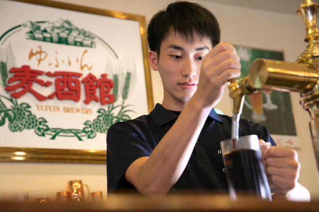 画像1: 美食と銘酒も有名な名湯の老舗宿「ゆふいん山水館」