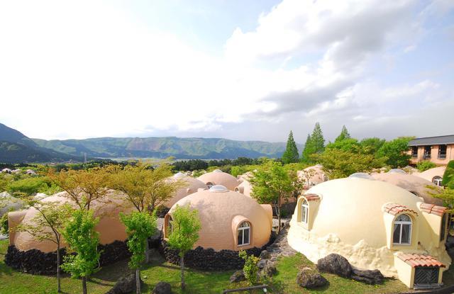画像1: 【熊本】メルヘンの国に迷い込んだかのような『阿蘇ファームヴィレッジ』