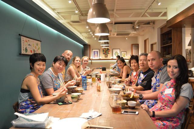 画像5: 【沖縄】市場を巡って食材についても学べる「沖縄料理」クッキング