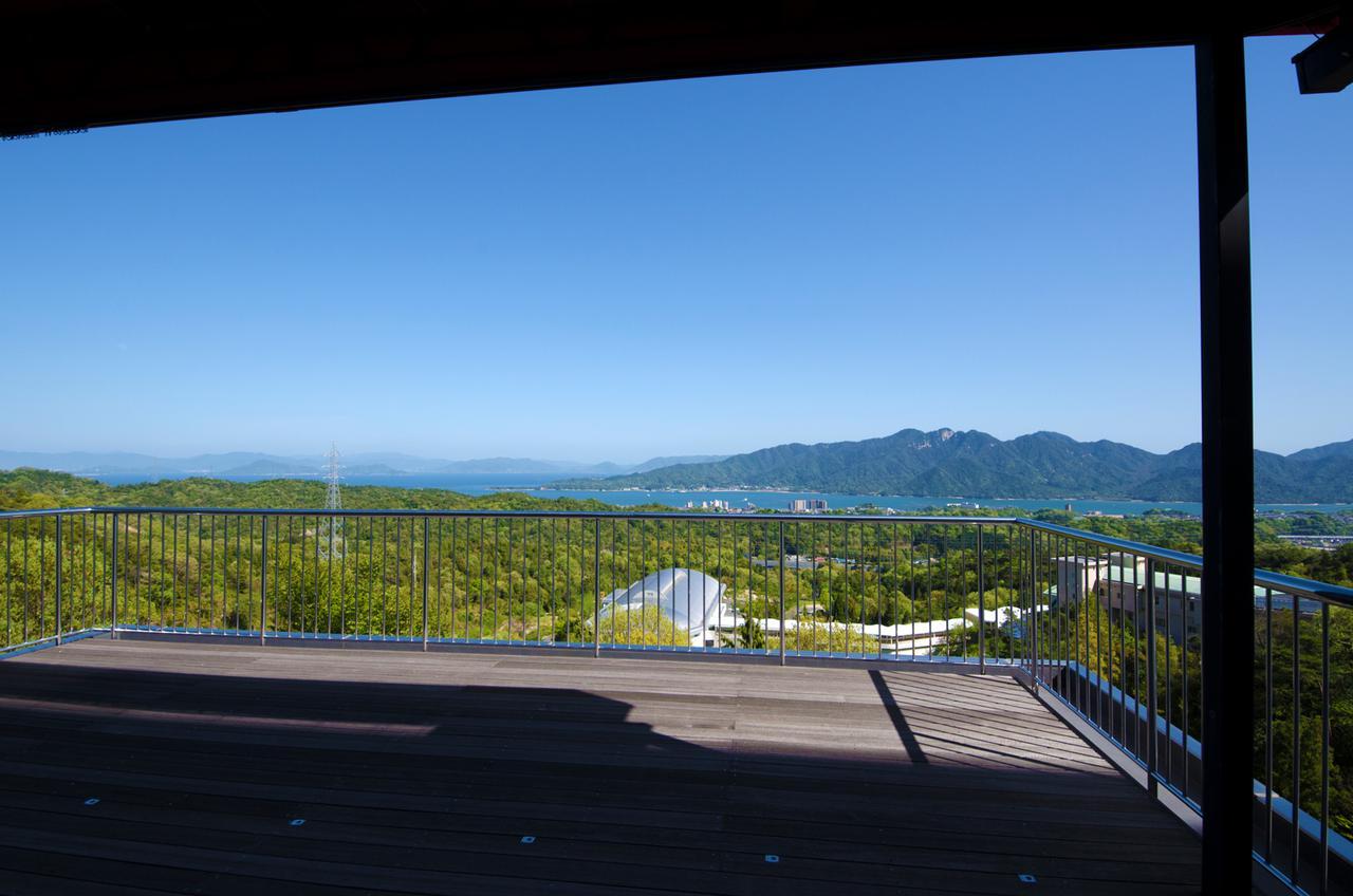 画像3: 【広島】「海の見える杜美術館」で広大な瀬戸内海に囲まれる
