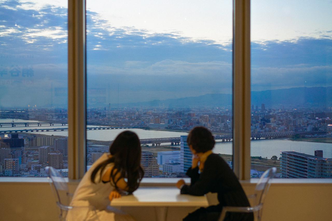 画像5: 【大阪】「絹谷幸二 天空美術館」で、大阪の摩天楼を体験する