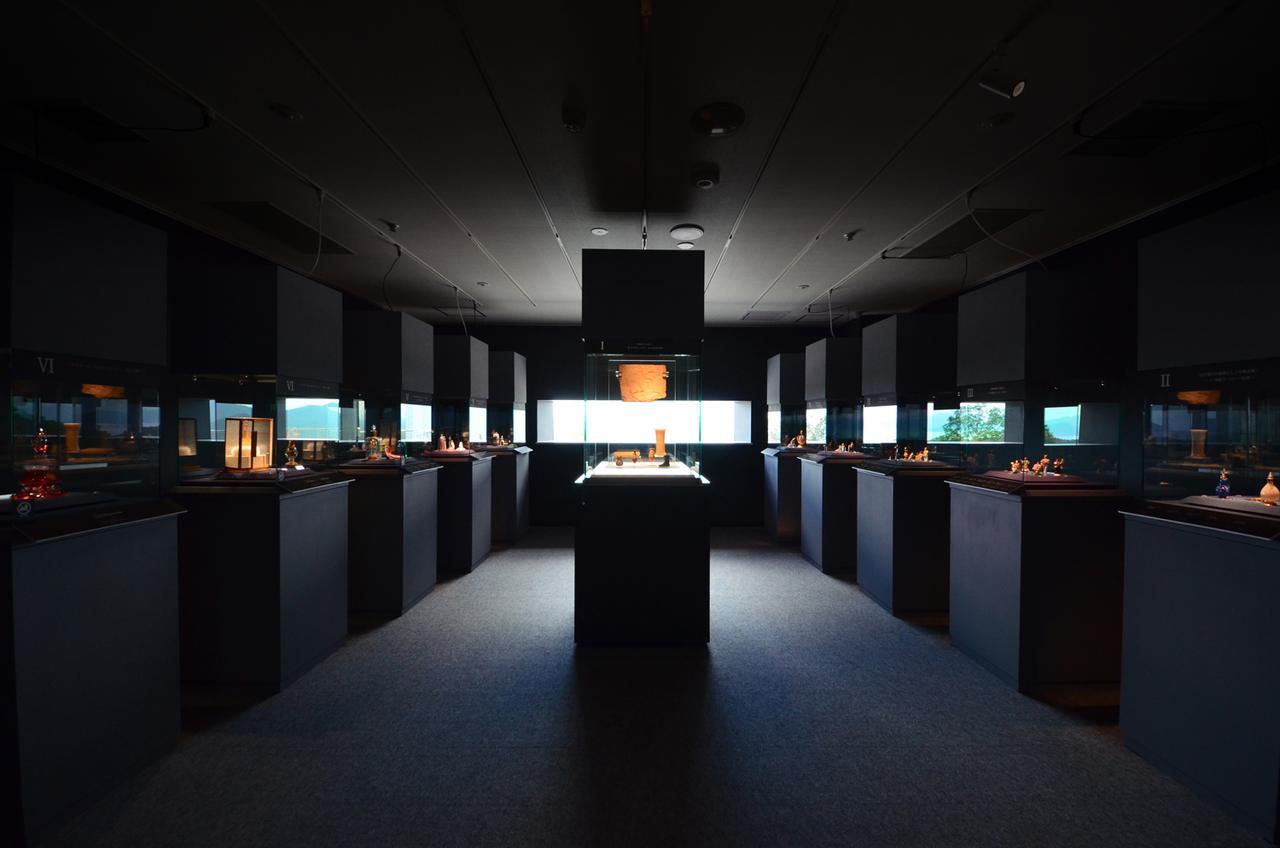 画像2: 【広島】「海の見える杜美術館」で広大な瀬戸内海に囲まれる