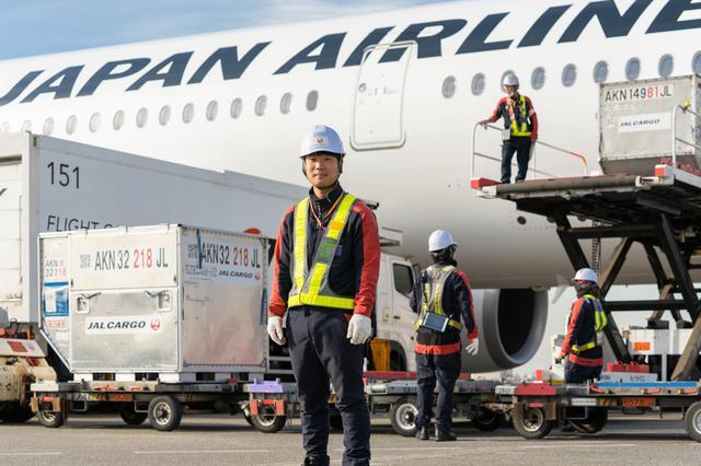 画像4: 「JALに乗ってよかった」と思っていただくために、目に見えないサービスも丁寧に