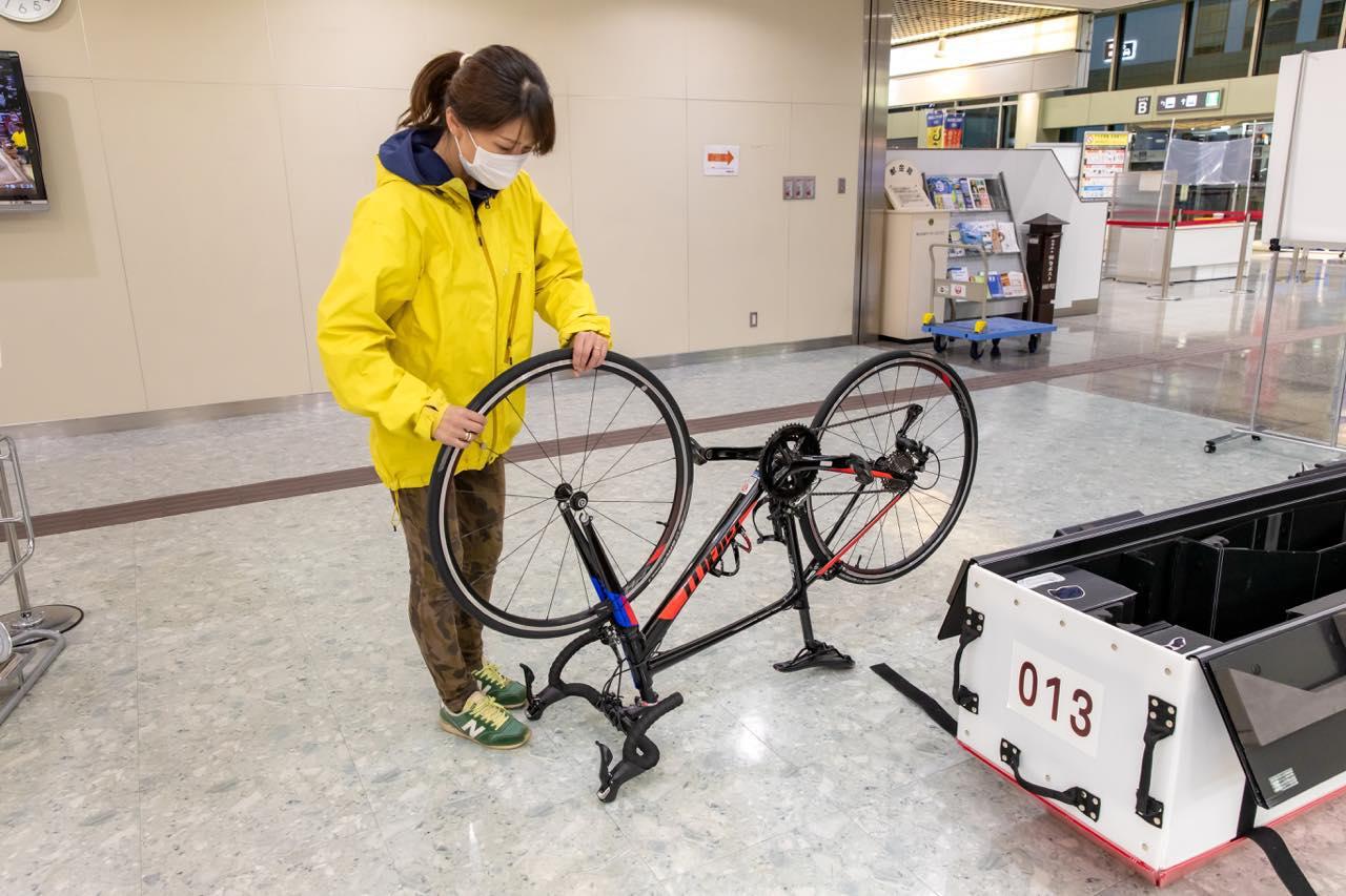 """画像5: """"愛車と飛行機""""の夢を叶えます。JALの輪行サービスで行く、しまなみ海道サイクリング"""