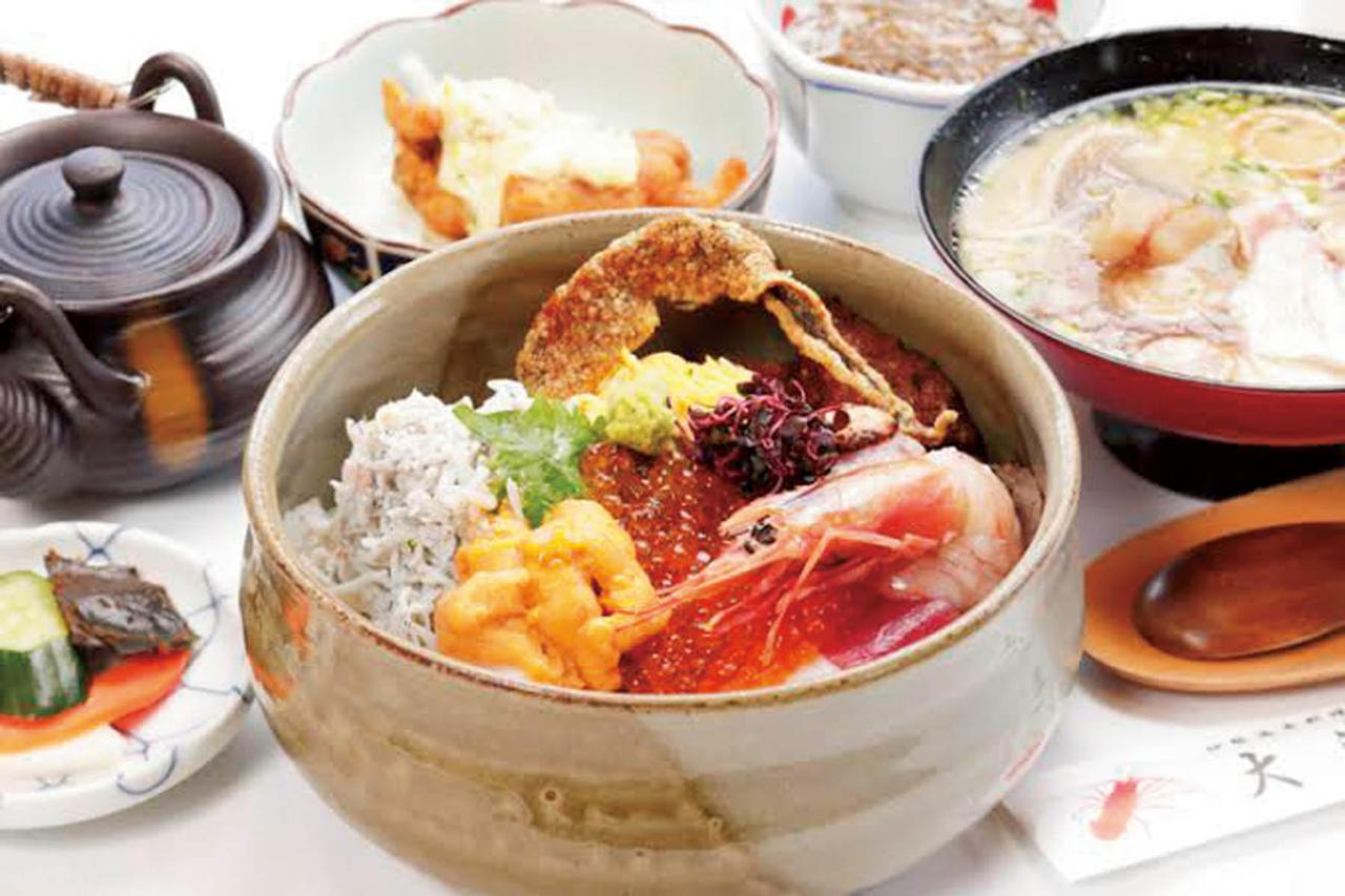 画像: 11:30 海鮮丼で宮崎の海の幸を堪能