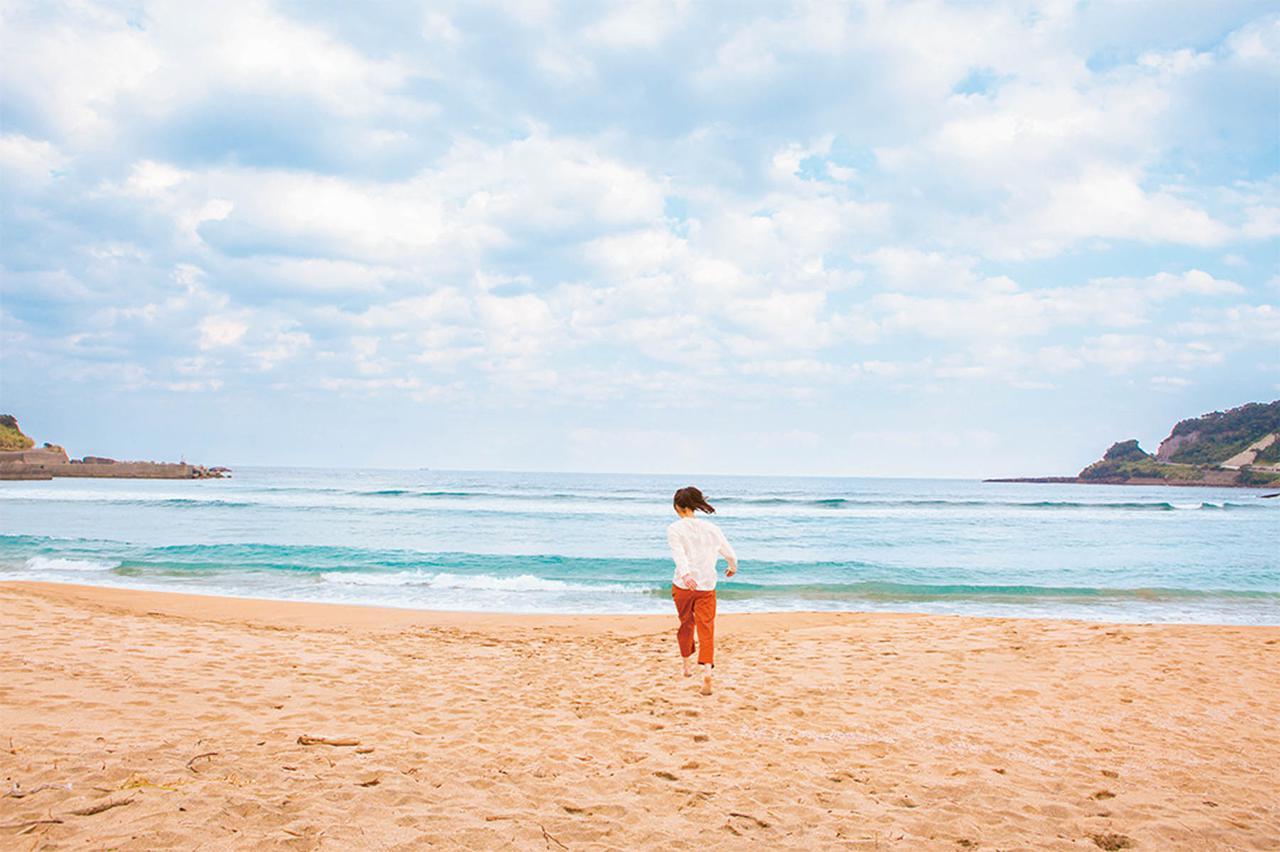 画像: 12:15 宮浦海岸で開放感を味わう