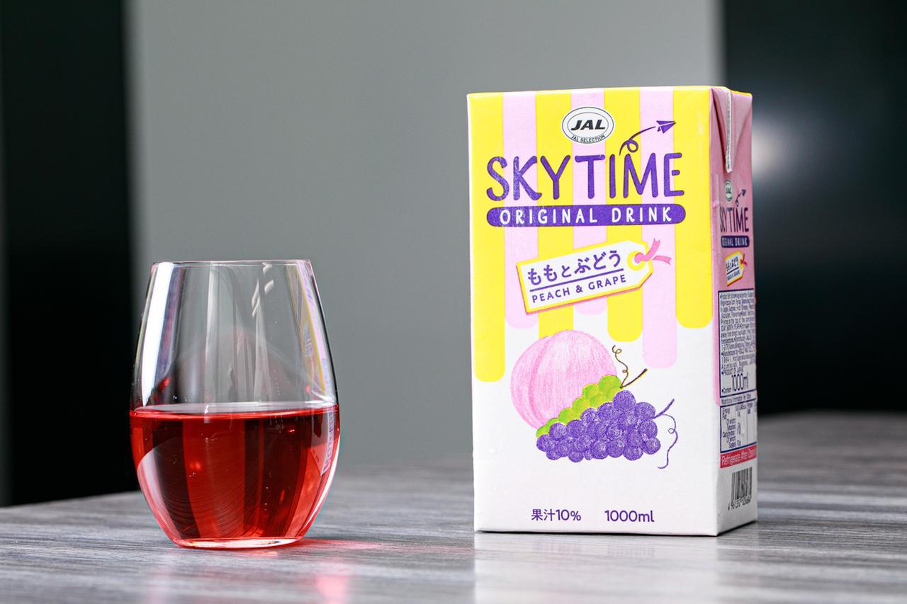画像1: 5代目の空の味は「ももとぶどう」。JAL機内限定飲料「スカイタイム」の開発秘話